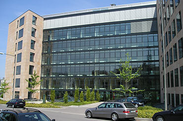 grosses-buero-rent-office-stuttgart-mieten-agendis-oasis-business-center.jpg