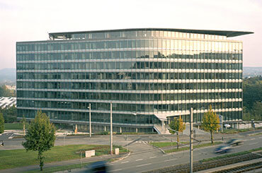 einzelbuero-rent-single-office-moebliert-stuttgart-mieten-agendis-business-center-buelowbogen.jpg